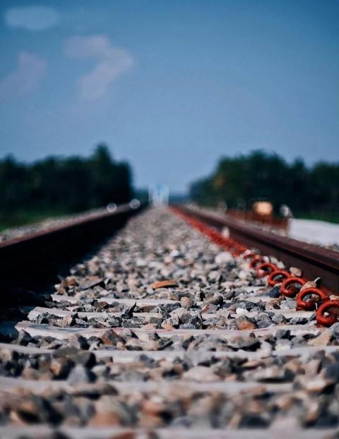 Train CB Editing Background