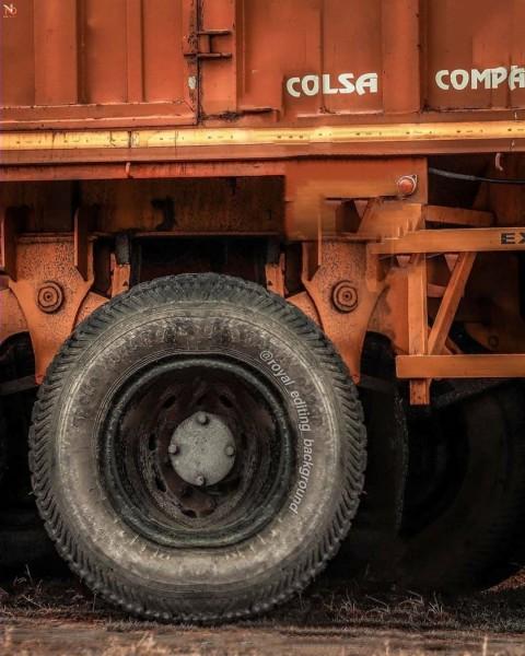 Vijay Mahar Background With Truck